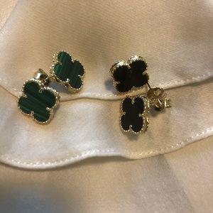 Van Cleef Style 14k earring